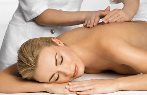 Procurando Por Uma Boa Massagem Com Uma Linda Massagista-9764